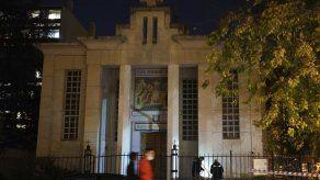 Francia suelta a sospechoso de atacar a sacerdote
