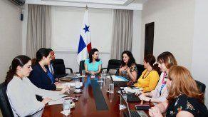 Panamá define plan de trabajo nacional y regional para promover la igualdad salarial