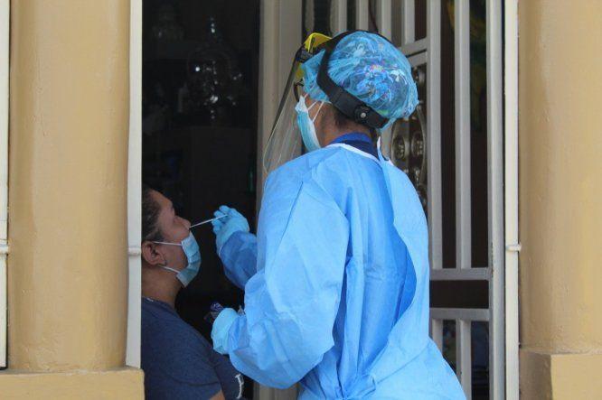 El Ministerio de Salud (Minsa) anunció una flexibilización del toque de queda y nuevas reaperturas debido a que en las últimas semanas se han reportado índices favorables en el número de casos positivos de covid-19 reportados.