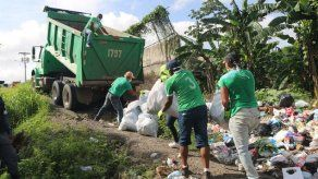 Nuevo administrador de la AAUD revela que encontró flota de camiones dañados