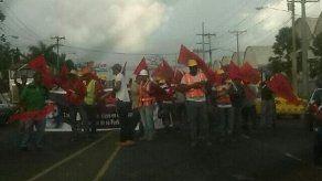 Obreros del Suntracs protestaron este jueves en Colón