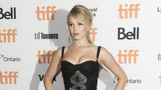 Jennifer Lawrence no a disimulado su emoción por el supuesto regreso de Jennifer Lopez y Ben Affleck.