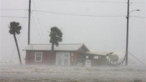 Aumenta el desempleo por el huracán Gustav