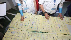 TSE de Guatemala revisará actas por denuncias de fraude en elecciones