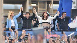 Cristina Fernández retoma la campaña y arremete contra el modelo de Macri