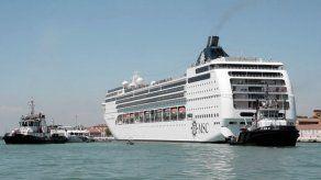 Crucero choca en Venecia