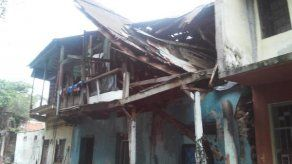 Parte de un caserón colapsa en El Chorrillo