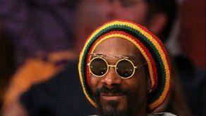 Agarran a Snoop Dogg con marihuana y efectivo en Noruega