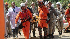 Suben a 20 los muertos por derrumbes en Río de Janeiro