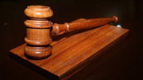 Cuestionan colapso del sistema de justicia y enfatizan necesidad de una Constituyente tras renuncia de Ulloa