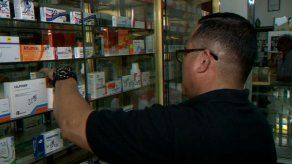 Detectan medicamentos vencidos y otras anomalías durante operativo de salud en Santa Ana