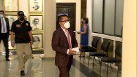 Arquesio Arias fue imputado por lasupuesta comisión de los delitos de violación carnal y actoslibidinosos, tras ser acusado por jóvenes de la Comarca Guna Yalacuando ejercía la medicina en la especialidad de ginecología.