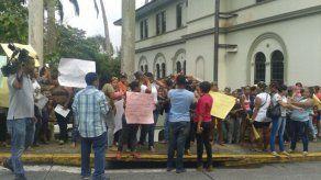 Familiares de reos de La Joyita protestaron en la CSJ