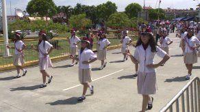 Asoprof denuncia organización de los desfiles ante Defensoría del Pueblo