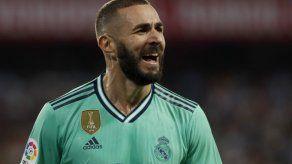 Real Madrid gana en Sevilla y comparte la cima en La Liga