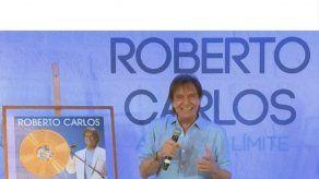 Roberto Carlos vuelve a la España del amor romántico en tiempos de reguetón