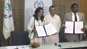 Parlatino y UIP firman acuerdo de cooperación sobre democracia y desarrollo