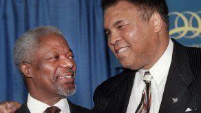 Muhammad Ali Enterprises demanda a Fox por 30 millones