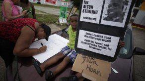 Despiden a un policía por matar a un afroamericano en Luisiana