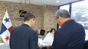 Guillén notifica a la SBP de la demanda inconstitucional sobre cobro del impuesto inmueble