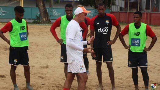 Shubert Pérez buscará en el Campeonato de Fútbol Playa de la Concacaf, clasificar a Panamá a su segundo mundial.
