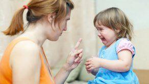 ¿Por qué no debemos gritarle a nuestro (a) bebé?