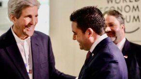 Vicepresidente Carrizo invita a Panamá al exsecretario de Estado de EEUU John Kerry