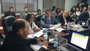 Diputados aprueban en primer debate presupuesto modificado para 2019