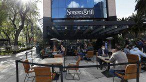 Restaurantes de Cd. de México desafían cierres por pandemia