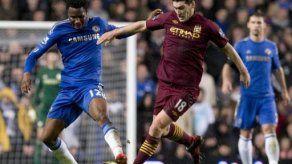 Obi Mikel del Chelsea sancionado tres partidos por amenazar al árbitro