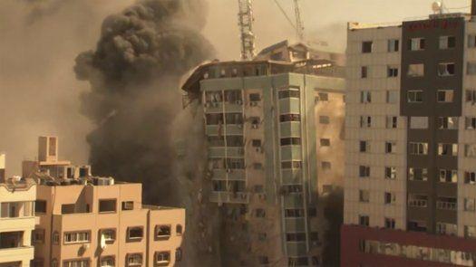 Ataque aéreo israelí destruyó un edificio elevado que albergaba las oficinas de AP.