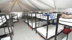 Medios buscan acceso a niños en centros de detención en EEUU