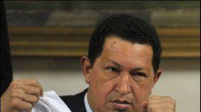 Chávez dice que EU trata de derrocarlo