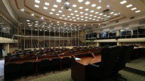 Aún no hay fecha para comparecencia de ministra del Mides y directora de Senniaf ante el Pleno