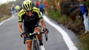 Yates es líder en el Giro