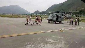 Evacuados los cuerpos de siete alpinistas muertos en el Himalaya