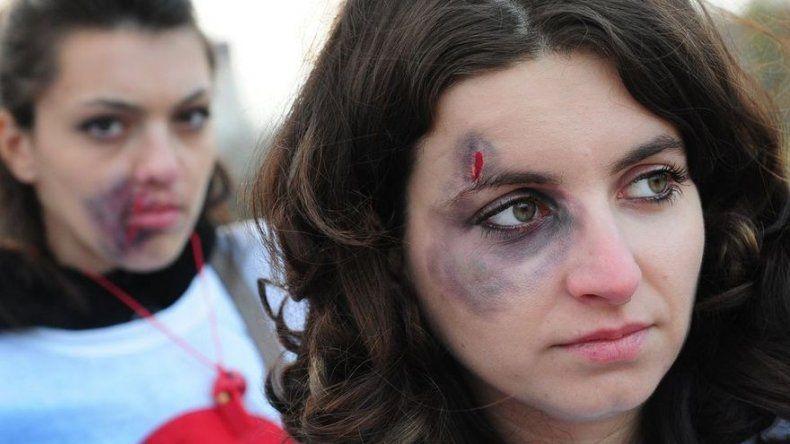 """""""Hay que denominarlo como violencia contra la familia"""", Vásquez sobre femicidios"""