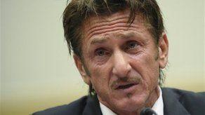 Sean Penn pide liberación de estadounidense en Bolivia