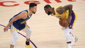 LeBron James vs Curry: Juego de repesca lleno de estrellas