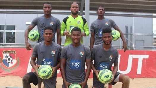 Édgar Carvajal, Alexander Córdoba, José Escobar, Reynaldo Polo, Pedro Torres y Rigoberto Villarreal, son las novedades de la selección de Panamá de Fútbol Playa.