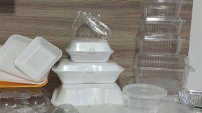 Ciudad de México prohíbe los plásticos desechables cuando la pandemia acentúa su uso