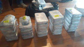 Decomisan droga en departamento de avenida Balboa