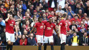 Manchester United se luce y golea 4-0 al Chelsea