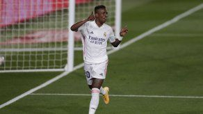 Vinícius Junior da al Madrid una sufrida victoria