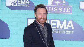 David Guetta se propuso cambiar de vida tras la muerte de su amigo Avicii