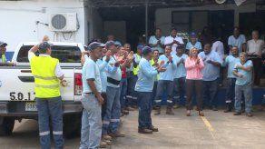 Trabajadores del IDAAN realizarán caminata hasta el MEF para exigir nueva escala salarial