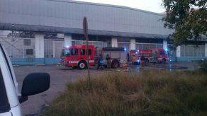 Incendio en hangar de Curundú fue controlado
