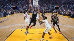 Green y Lee dan triunfo navideño a Warriors sobre Rockets
