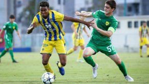 Guerrero marca triplete y el Maccabi Tel Aviv avanza en la UEFA Youth League
