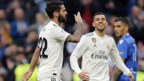 Dobletes de Isco y Asensio en goleada del Madrid en Copa